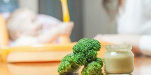 Broccoli la bebelusi