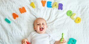 bebelusul la 12 luni 1 an