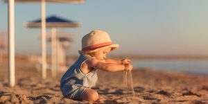 bebelus la mare cura marina aerosoli