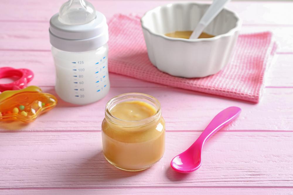 cum se pregateste mancarea pentru bebelusi si lapte