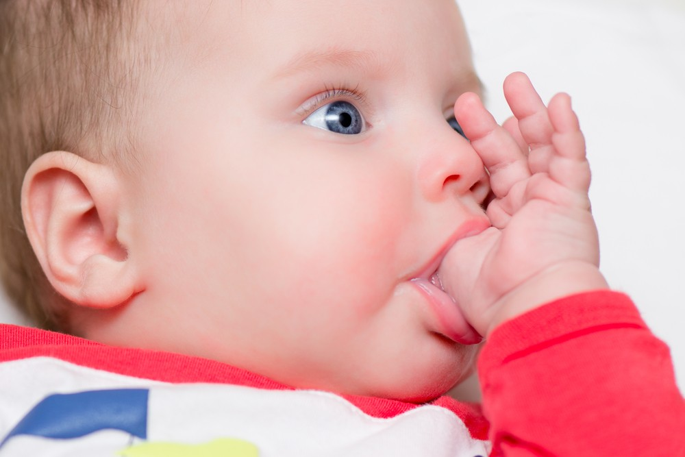 Healthy Babies Suck Thumb In Womb