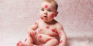 pupatul copiilor pe gura obicei nesanatos