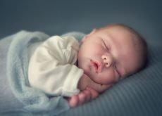 transpiratia in timpul somnului la bebelusi