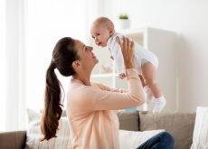 bebe in primul an de viata