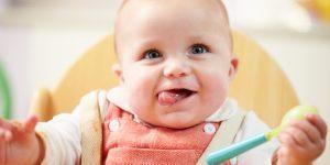 Nutrienti esentiali care sa NU lipseasca din alimentatia bebelusului dupa 6 luni