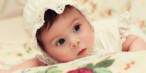 Caciulita la bebelusi