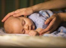 trezitul in timpul noptii la bebelusi