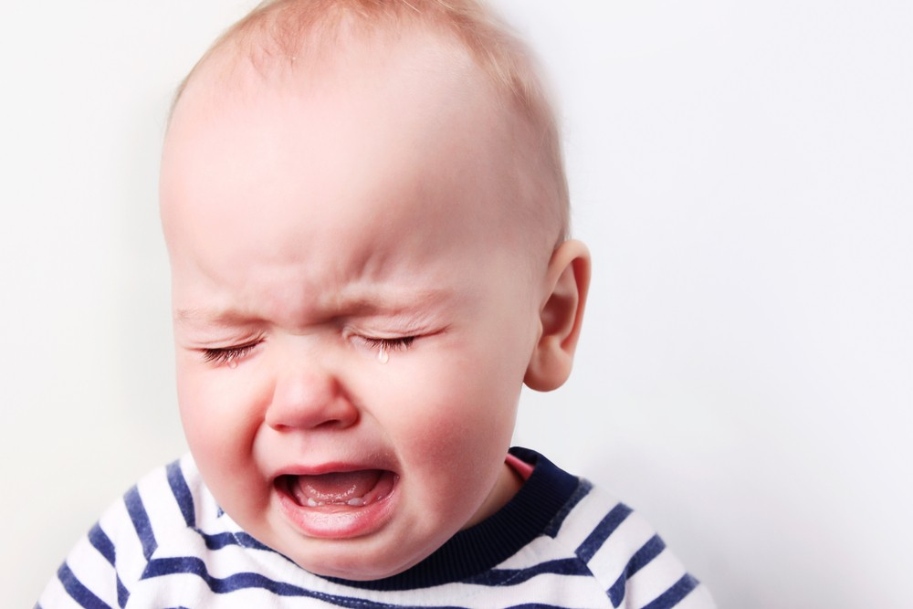 anxietate separare copilul plange dupa mama