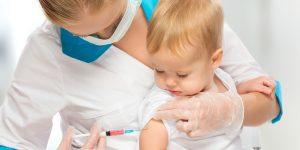 Cum sa-l linistim pe copil in timpul si dupa vaccinare