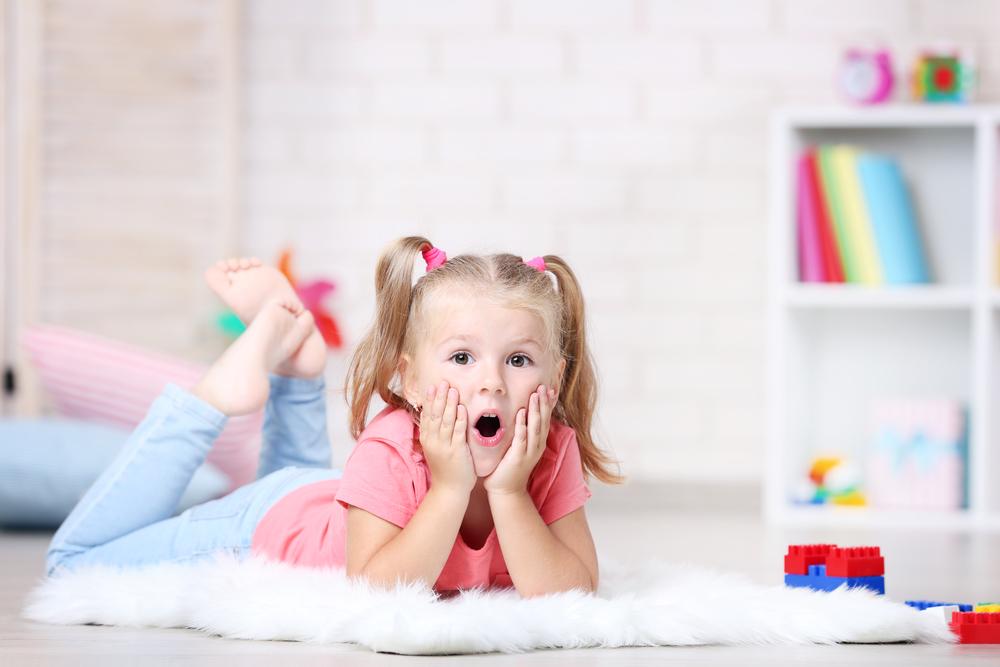 Sfaturi practice de organizare a hainelor copilului