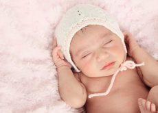 Dormitul pe spate este cel mai sigur in cazul bebelusilor