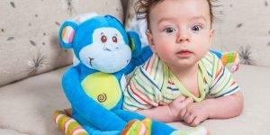 Jucariile care descurajeaza comunicarea verbala la bebelusi