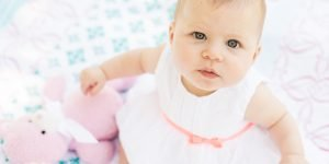 Cum il incurajezi pe bebe sa inceapa sa mearga singur