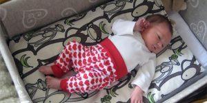 finlanda-tara-in-care-bebelusii-dorm-in-cutii-de-carton.jpg