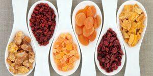 fructele-uscate-la-bebelusi.jpg