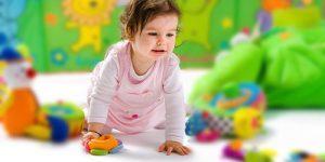 jucarii-toxice-sau-periculoase-pe-care-e-bine-sa-nu-i-le-oferi-copilului.jpg