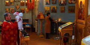 rugaciunea-in-cea-de-a-patruzecea-zi-dupa-nastere-imbisericirea-pruncului-si-curatirea-lauzei.jpg