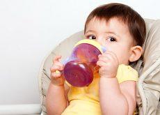 sucul-la-bebelusi-recomandat-sau-de-evitat.jpg
