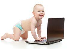 televizorul-laptopul-si-alte-gadget-uri-de-nelipsit-in-programul-zilnic-al-copilului-tau.jpg