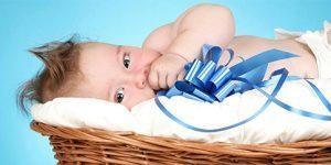 unde-ar-trebui-sa-doarma-bebelusul-in-patul-lui-sau-al-parintilor.jpg