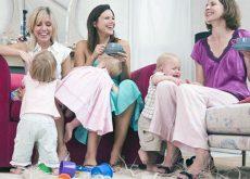 viata-sociala-dupa-ce-ai-devenit-mama.jpg