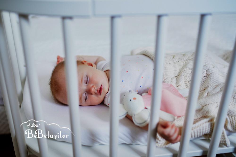 somn-bebe-cum-sa-doarma-linistit