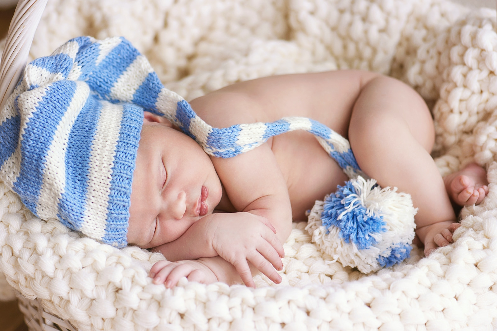 Cum să doarmă bebe toată noaptea