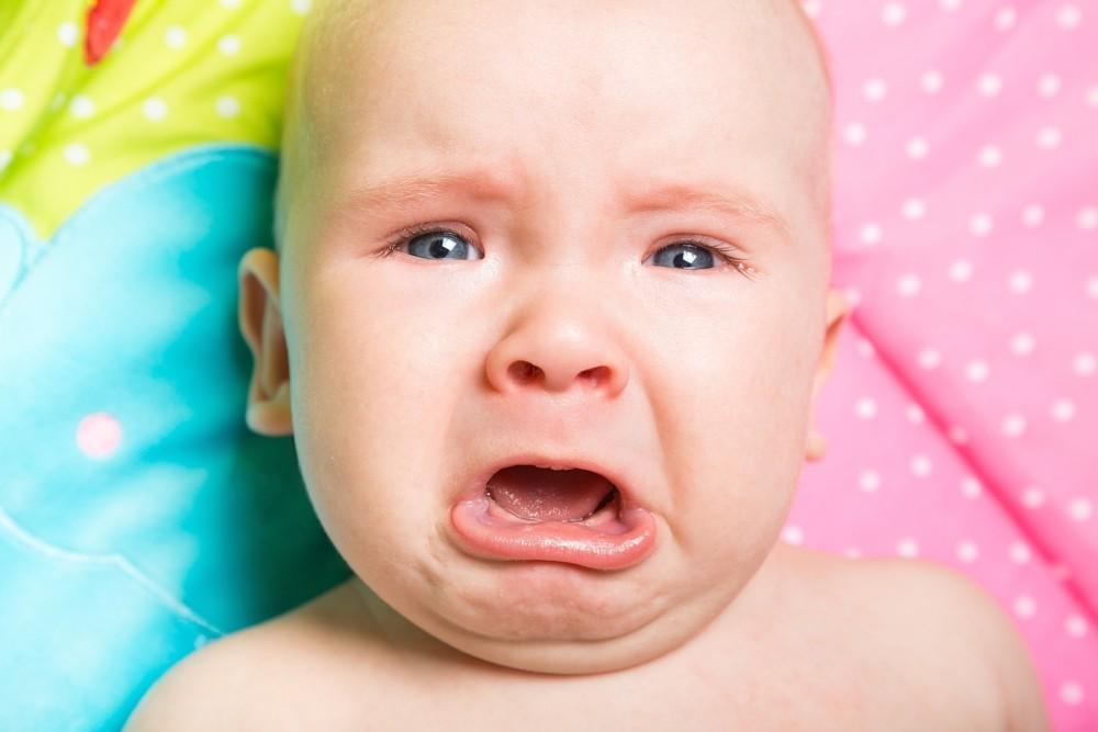 cand bebe plange ce nu e bine sa facem cum il calmam