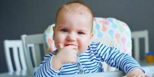 copil mofturos la masa
