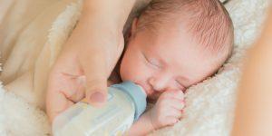 Cu ce apa se prepara corect laptele praf