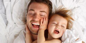 joculețe distractive pentru dezvoltarea bebelușilor