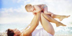 Cum protejăm bebelușul de căldura verii