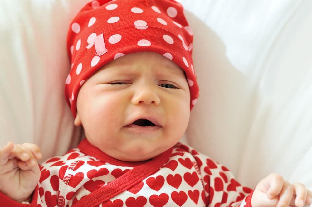 Efectele negative ale tehnicii plansului controlat la bebelusi