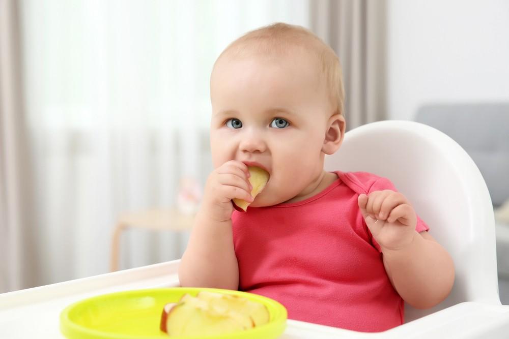 bebe mesteca cum il invatam