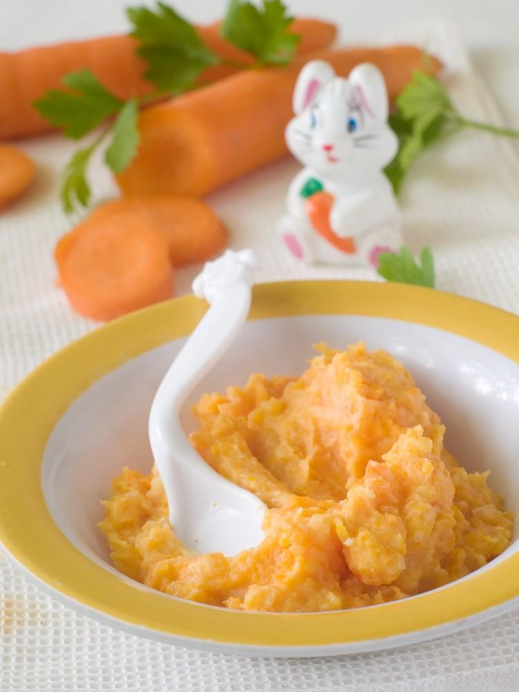 Piure de morcov, cuscus si carnita de curcan