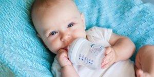 necesar zilnic apa bebe