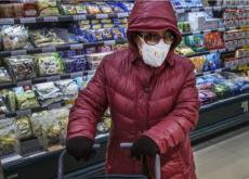 cumparaturi cu masca pe fata cum deinfectam produsele