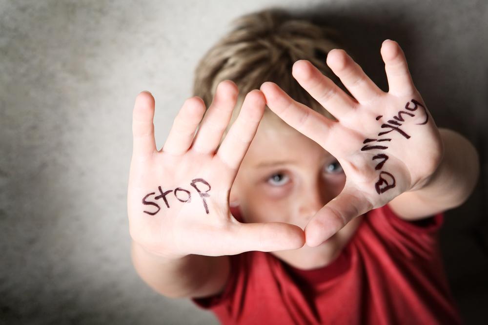 bulling scoala copii victima agresor