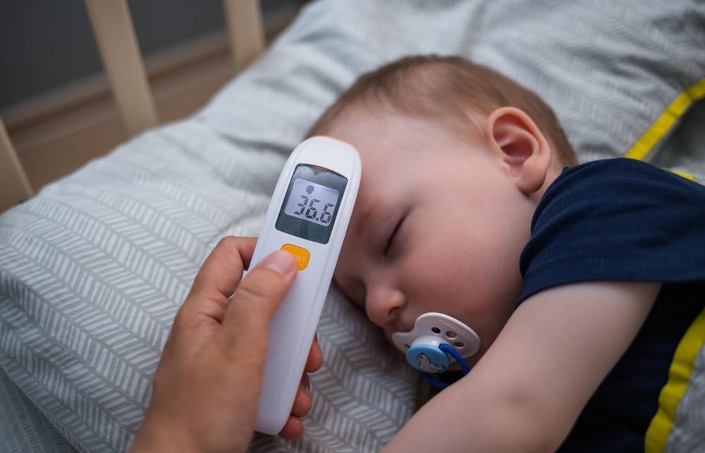 ce tip de termometru alegem pentru bebe