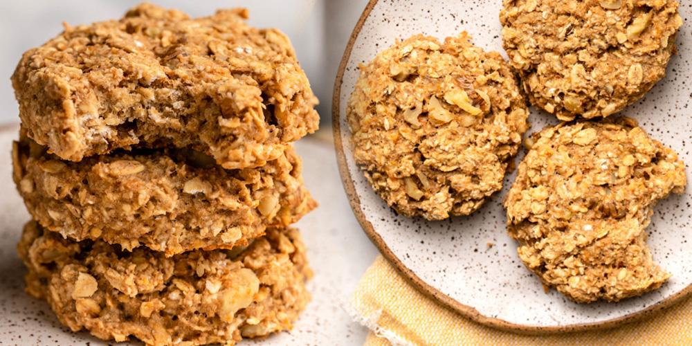 biscuiti-cu-nuca-cocos-si-banane-pentru-copii